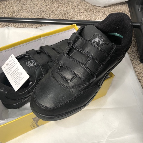 big 5 Other - Shoes new w box